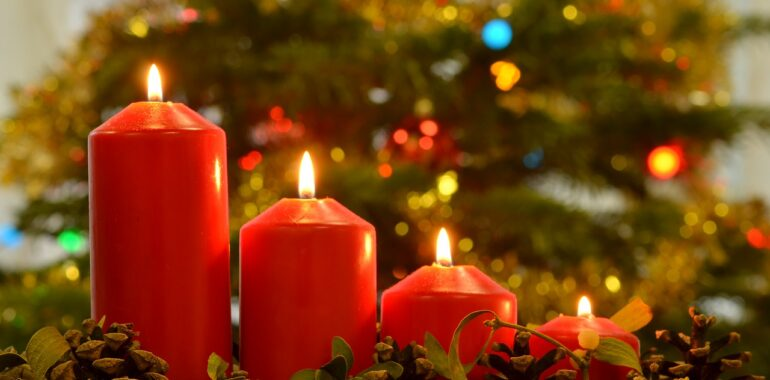 Christmas Pictures Candles Christmas  - Garryn / Pixabay